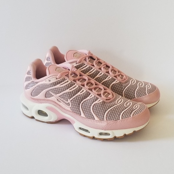 best sneakers 492b7 4398e Nike Air Max Plus Running/CrossTraing Shoes Sz 7 NWT